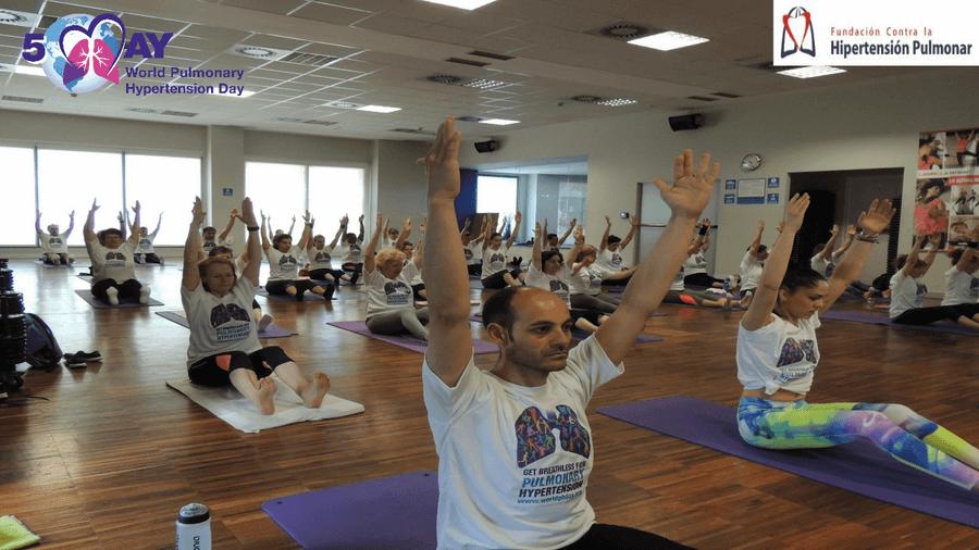 Clase Solidaria De Pilates De Concienciación Por El Día Mundial De La Hipertensión Pulmonar