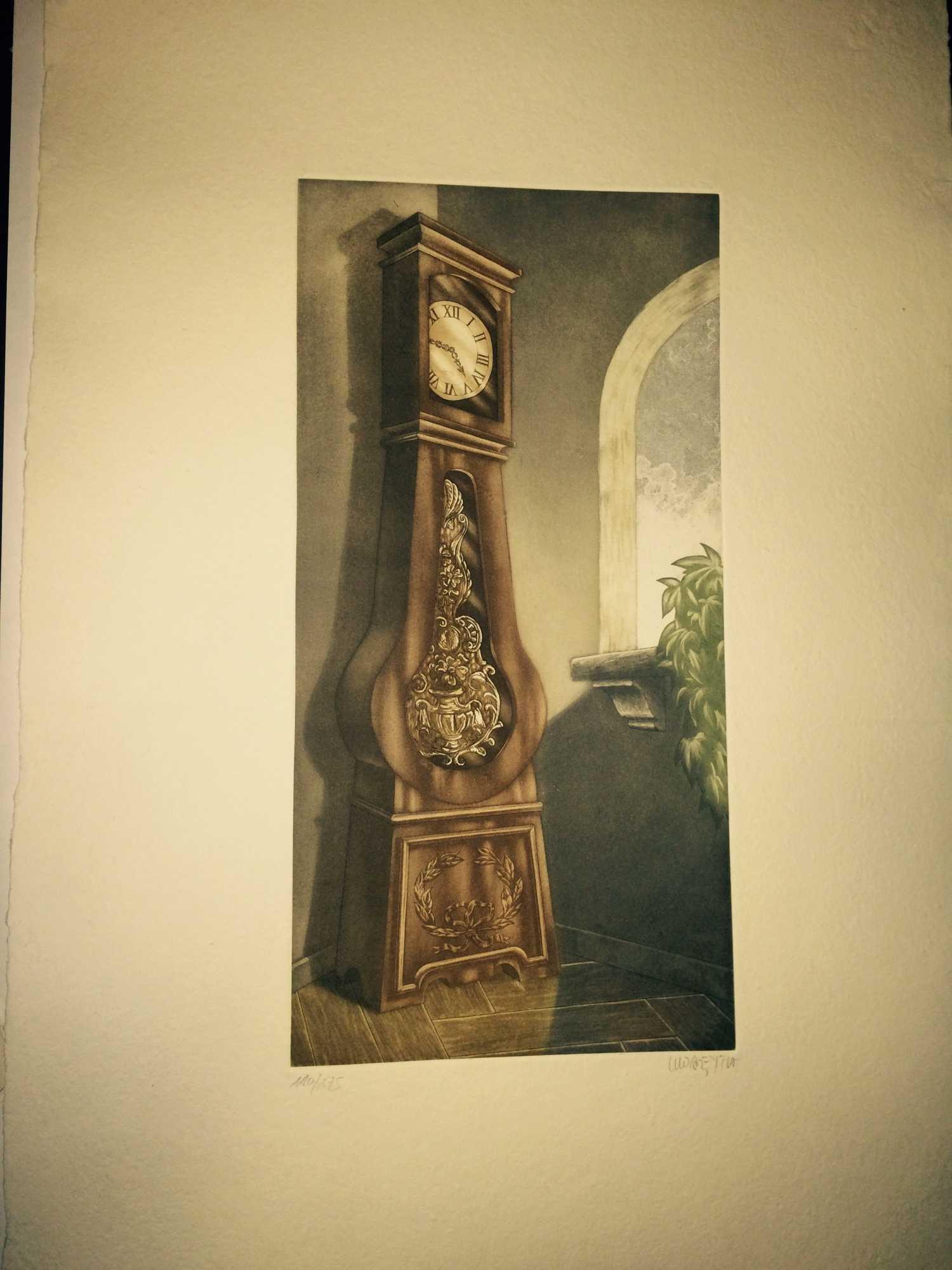 Reloj De Pie En Lateral